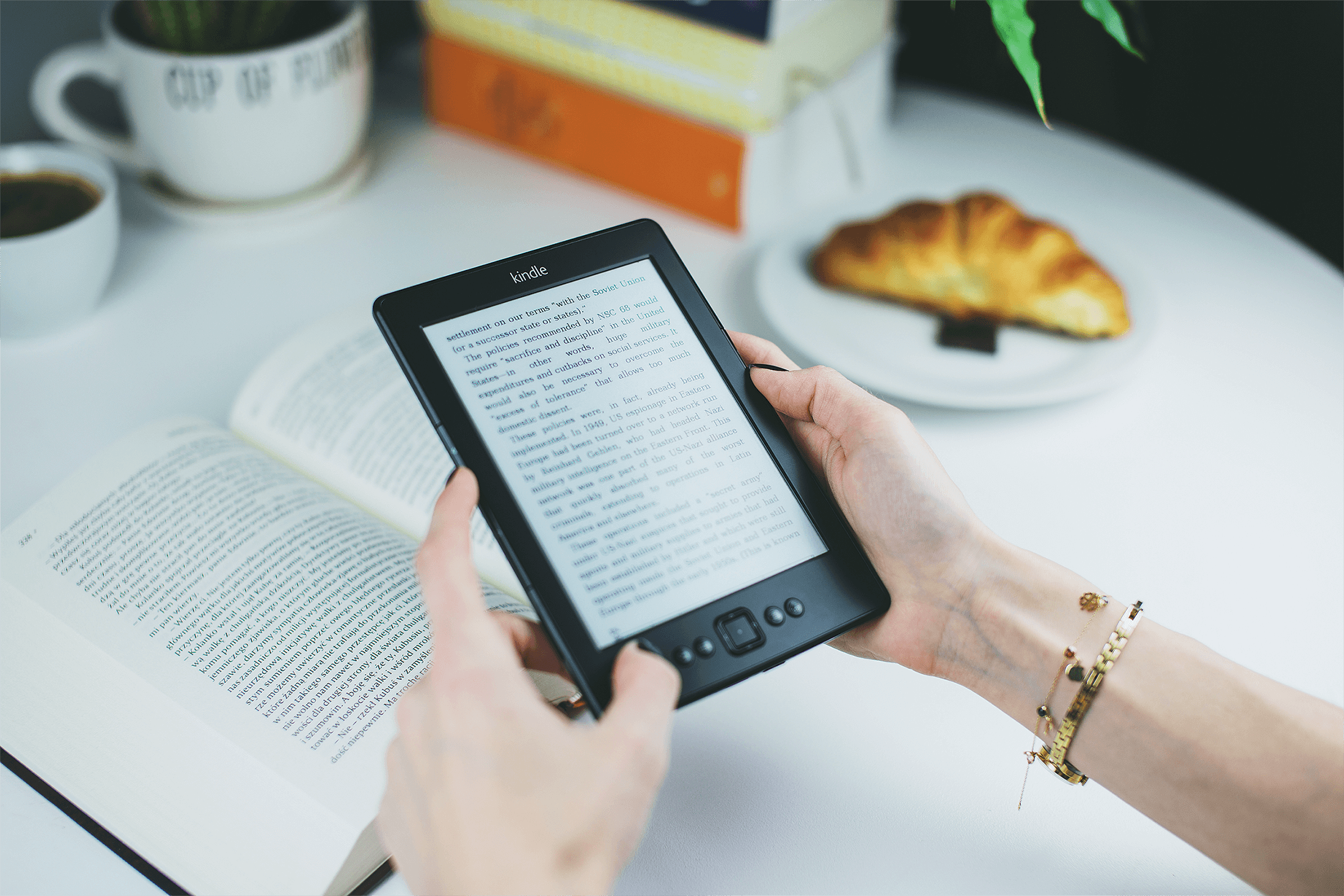 reading a kindle ebook content marketing